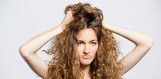 Come curare i capelli secchi per avere una chioma che splende